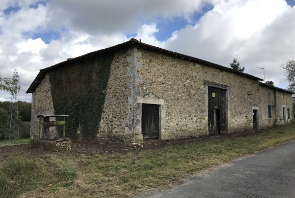 Property for Sale - Barn - roumazieres-loubert